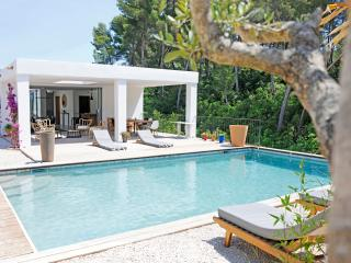 5 bedroom Villa with Internet Access in Saint Cyr sur mer - Saint Cyr sur mer vacation rentals