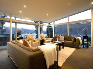 Remarkable Escape - Queenstown vacation rentals