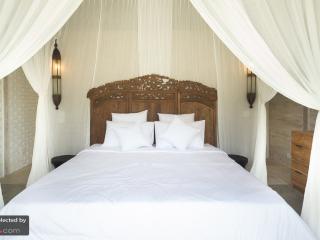 Villa Taramille, quiet 4bdr minutes from Seminyak - Umalas vacation rentals