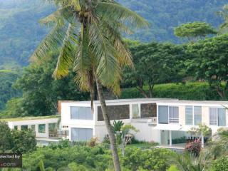 Villa L - Mangsit vacation rentals