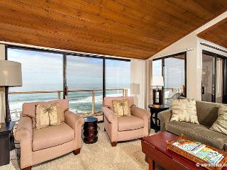 2 Bedroom, 2 Bathroom Vacation Rental in Solana Beach - (SUR116) - Solana Beach vacation rentals