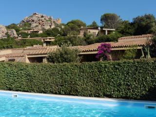 Charming 2 bedroom Costa Paradiso Villa with Garden - Costa Paradiso vacation rentals