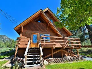 2BR Plus Loft Cabin with Mountain Views, Close to River - South Lake Tahoe vacation rentals