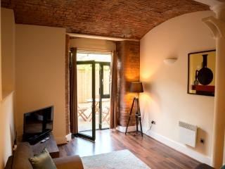 'Home sweet home,' 2 bed Mill conversion (3M) - Manchester vacation rentals