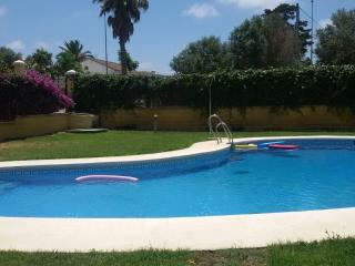 Beautiful Holiday Home with Swimming Pool - Chiclana de la Frontera vacation rentals