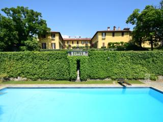 Villa La Vescogna, Historical house near Lake Como - Lecco vacation rentals