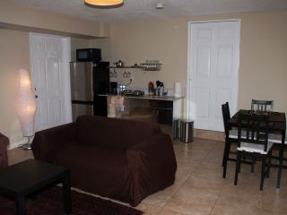 Miami Sweet Suite with private entrance & parking - North Miami vacation rentals