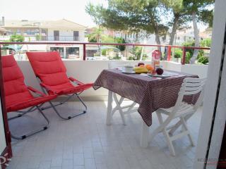 "Appartamento ""Tramonto Marino"" a Marina di Ragusa - Marina di Ragusa vacation rentals"