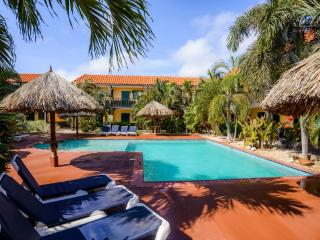 Perle d'Or Aruba - Single Plus Room - Noord vacation rentals