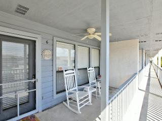 2 bedroom Apartment with Deck in Panama City Beach - Panama City Beach vacation rentals