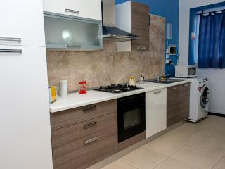 Studio Flat in Qawra Z - Saint Paul's Bay vacation rentals
