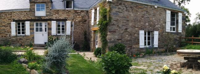 Moulin de la Perriere Chambre 14m2 - Sixt-Sur-Aff vacation rentals