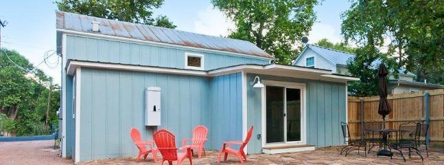 Heiser Haus - Walking distance to Main Street - Fredericksburg vacation rentals