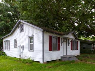 Cajun Home Cottage - Green Room - Lafayette vacation rentals