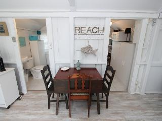 Perfect East Sandwich Studio rental with Deck - East Sandwich vacation rentals
