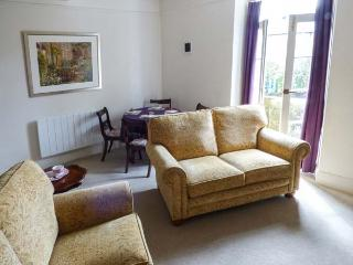 GRANBY HOUSE CHATSWORTH STREET luxury apartment, off road parking in Bakewell Ref 926050 - Bakewell vacation rentals
