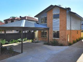 Perfect Condo with Internet Access and A/C - Kalgoorlie vacation rentals