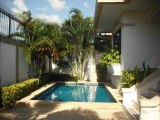 AdG2 - 3 bedroom house with a pool at Jomtien - Pattaya vacation rentals