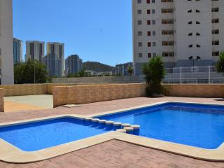 Modern, near the beach, free Wi-Fi, parking, pool - Cala Finestrat vacation rentals