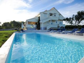 Holiday Villa Matea, Luxurious apartment, 8 people - Poljica vacation rentals