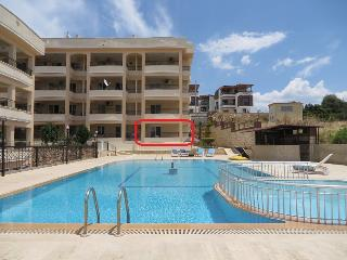 Comfortable 2 bedroom Apartment in Altinkum with A/C - Altinkum vacation rentals