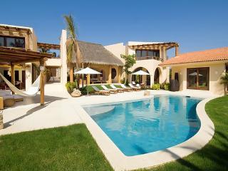 5 bedroom Villa with Internet Access in Punta de Mita - Punta de Mita vacation rentals