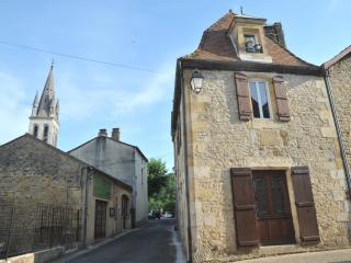 Taureau Maison - Sleeps 5 - GREAT PRICE - Lalinde vacation rentals