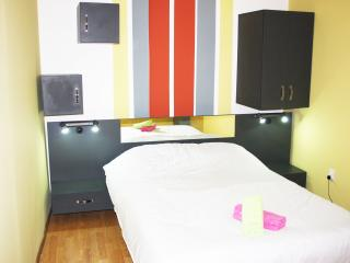 Nice Condo with Internet Access and A/C - Bucharest vacation rentals
