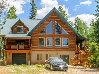 Moccasin Lodge is a Beautiful Family Cabin - Duck Creek Village vacation rentals