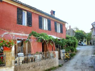 Casa Romana - Vegetarian friendly - Izola vacation rentals