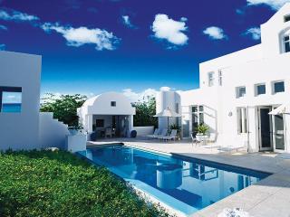 Sky Villa, Sleeps 6 - West End vacation rentals