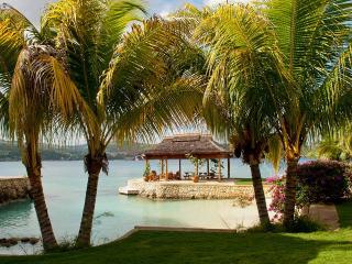 Makana on Discovery Bay, Sleeps 8 - Discovery Bay vacation rentals