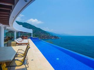 7 bedroom Villa with Wireless Internet in Mismaloya - Mismaloya vacation rentals