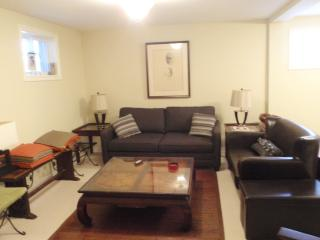 Collingwood ON Spacious Bed/Sit Rm Blue Mtn Wasaga - Collingwood vacation rentals