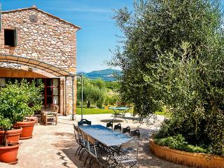 Vallefalcone, Sleeps 10 - Amelia vacation rentals