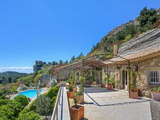 Les Baux de Provence, Sleeps 8 - Les Baux de Provence vacation rentals