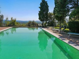 Perfect 5 bedroom Siena Villa with Internet Access - Siena vacation rentals