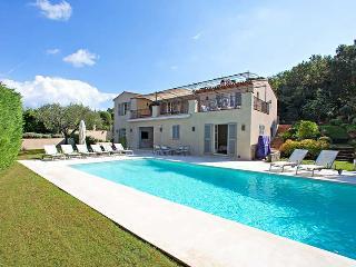 Elegant Villa within Walking Distance of St Tropez - Villa Tropez - Saint-Tropez vacation rentals