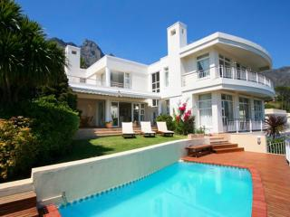 4 bedroom Villa with Internet Access in Camps Bay - Camps Bay vacation rentals