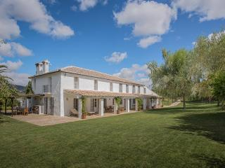 La Huerta El Noque, Sleeps 12 - Ronda vacation rentals