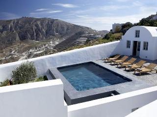 Villa Fabrica, Sleeps 16 - Pyrgos vacation rentals