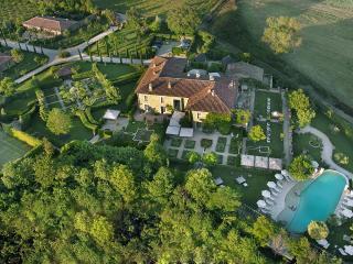 Adorable 16 bedroom Villa in Chiusdino with Internet Access - Chiusdino vacation rentals