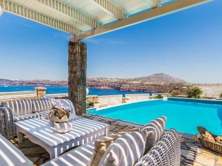 5 bedroom Villa with Internet Access in Akrotiri - Akrotiri vacation rentals