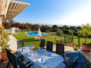 Mas 2, Sleeps 8 - Vence vacation rentals