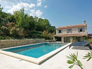 Beautiful 4 bedroom Villa in Bonnieux en Provence - Bonnieux en Provence vacation rentals