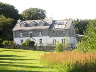 Spacious 6 bedroom Farmhouse Barn in Georgeham with Internet Access - Georgeham vacation rentals