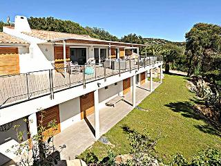 Gorgeous 6 bedroom Porto-Vecchio Villa with Television - Porto-Vecchio vacation rentals