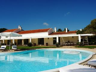 Quinta Palmares, Sleeps 8 - Lagos vacation rentals