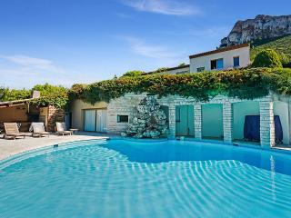 Cap Canaille, Sleeps 8 - Cassis vacation rentals