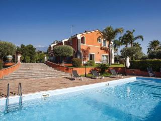 Villa Eden, Sleeps 11 - Acireale vacation rentals